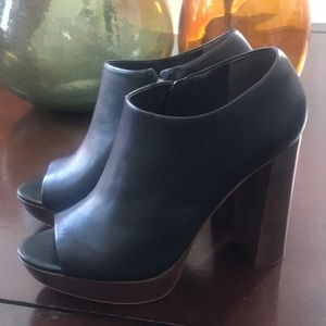 Vince Camuto platform open toe shoes